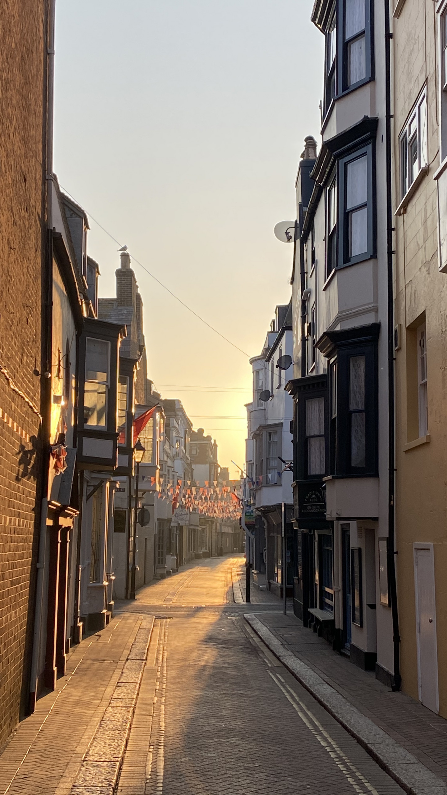 Taken in Weymouth, a seaside lovely town which has gorgeous beach and coastline.  © Jie Zhou