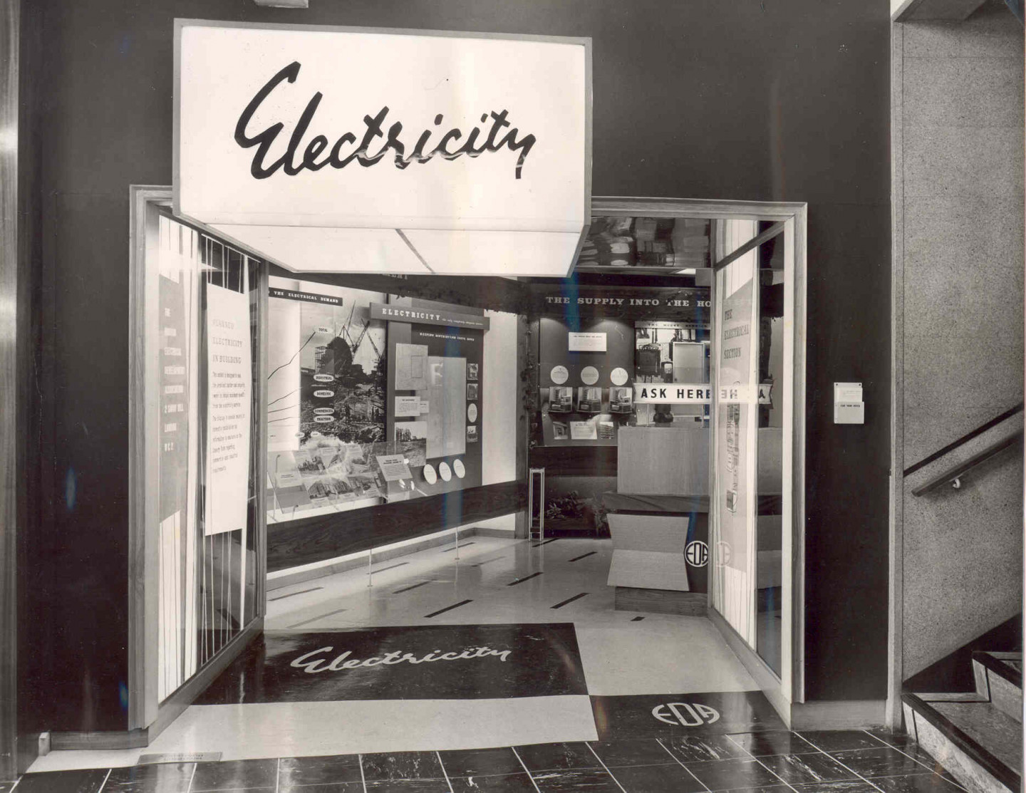 Electricity display, 26 Store Street, 1961 © Building Centre archive